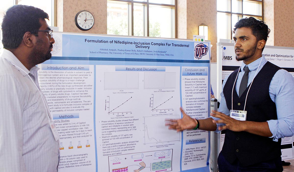 Abishek Amipalli presents his research project Saturday, Aug. 4, 2018, during the UTEP Campus Office of Undergraduate Research Initiatives (COURI) Summer Symposium at the Undergraduate Learning Center. More than 160 students presented findings from team research projects. Photo: Laura Trejo / UTEP Communications