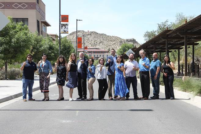 The National Institutes of Health (NIH) awarded UTEP's BUILDing SCHOLARS program a $15.2 million grant to train the next generation of biomedical researchers in the U.S. Southwest and to enhance the diversity of the biomedical research workforce.