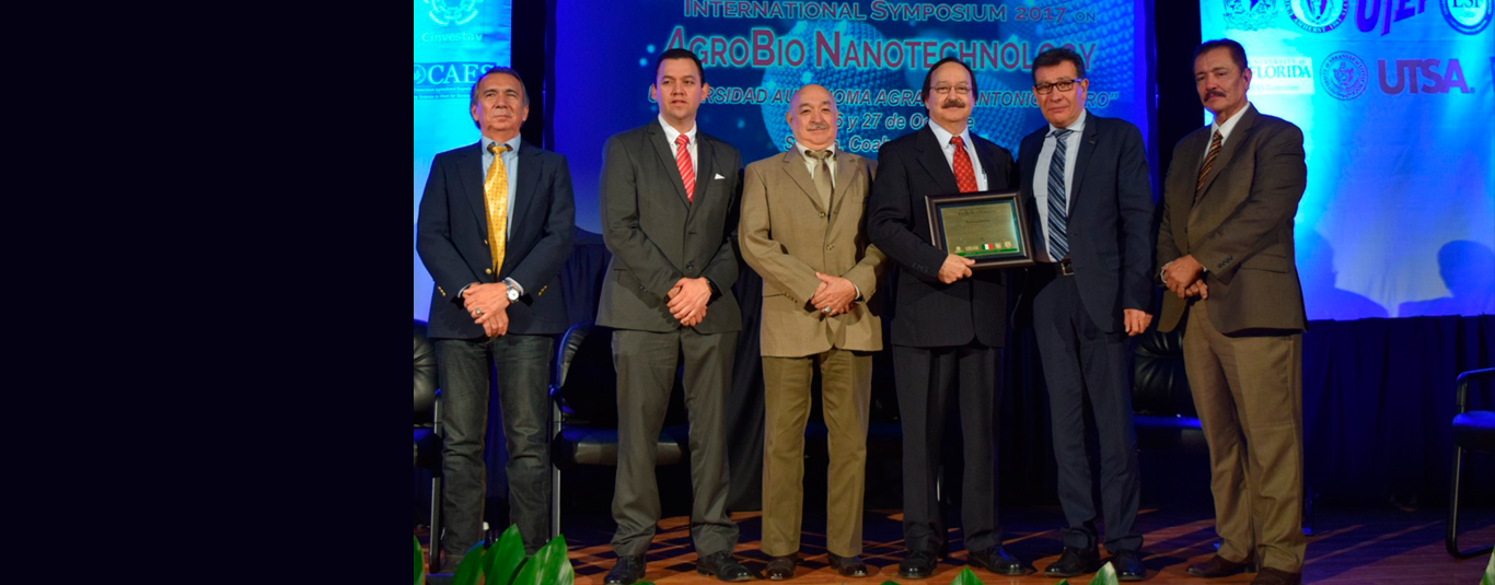 Dr. Gardea was recognized by the Government of Mexico (CONACYT) for his outstanding career as a researcher and his valuable scientific contributions to nanotechnology